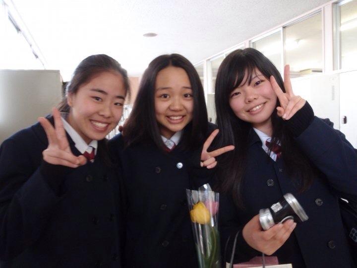 半年間、日本の中学生として過ごした時の写真です。一番左が猪狩さん。