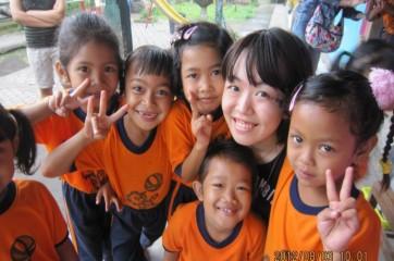 インドネシアの幼稚園でのボランティアにて。