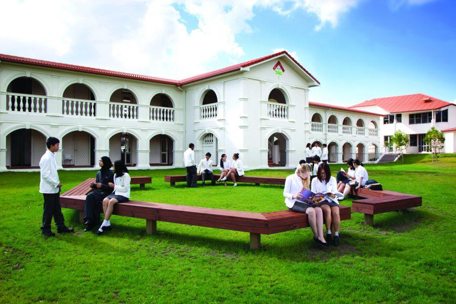 海外留学の地域や学校の選び方