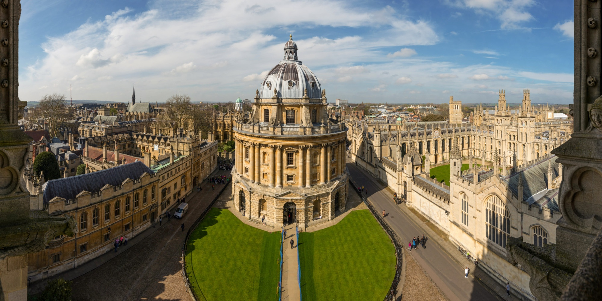 o-OXFORD-UNIVERSITY-facebook
