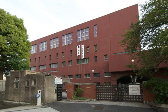 東京グローバル10や進学指導重点校に指定される、都立日比谷高等学校